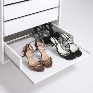 Skohylde til garderobeskab